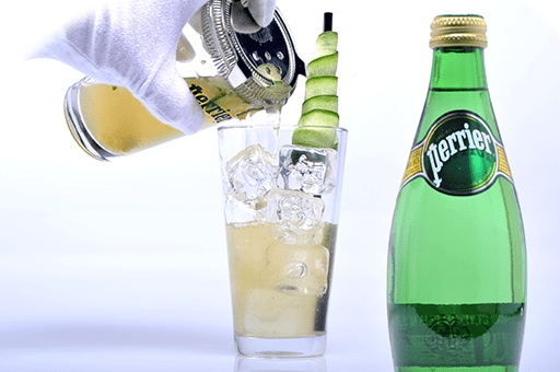 Perrier cocktail Ginger T με φρέσκο χυμό lime, τσάι & ginger σε πάγο